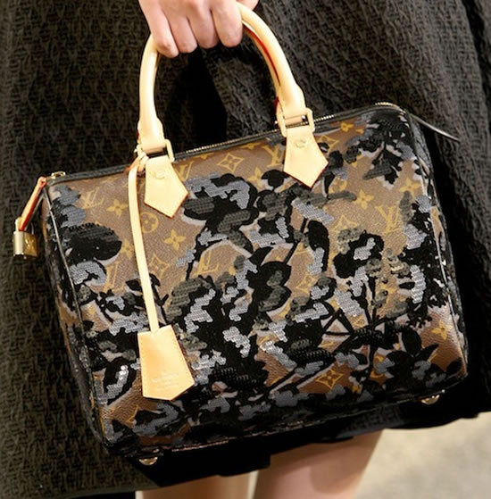 Louis-Vuitton-fall-winter-2010-bags4