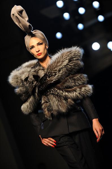 Jean+Paul+Gaultier+Runway+PFW+Haute+Couture+_C7_gOCQ2Wbl
