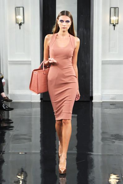 Victoria+Beckham+Dresses+Presentation+Spring+K8fWFw5CJjzl