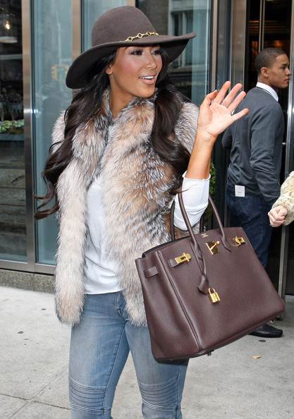 Kim+Kardashian+Leaving+Smyth+Hotel+yXzuQc_0mV5l