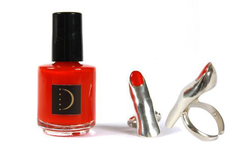 delfina-delettrez-red-nail-polish-silver-ring