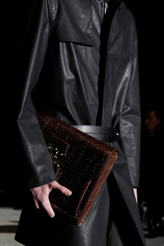 bagcraze_lv_men_fall2011_2