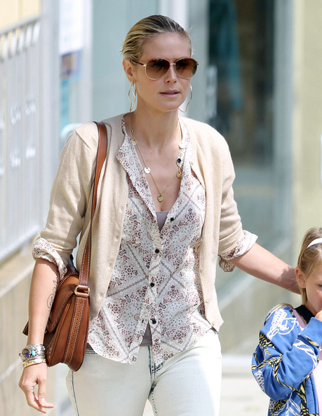 Heidi Klum with Snaffle bit handbag