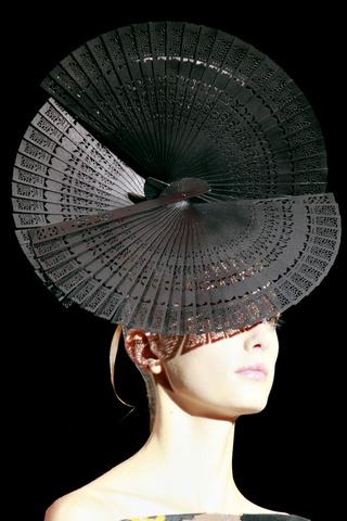 Armani Prive Haute Couture 2011 12