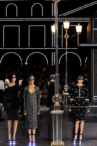 Chanel HC Fall Winter 2011-12