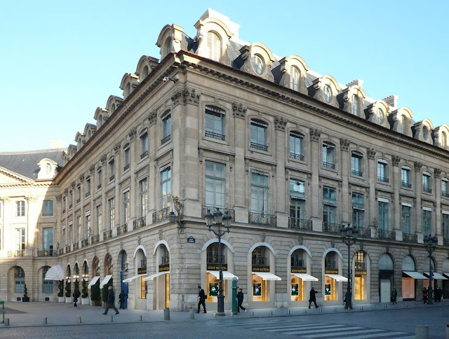 LV Place Vendome