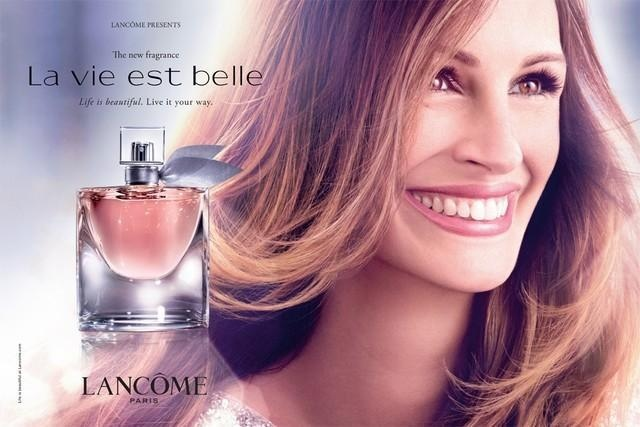 Lancôme La Vie Est Belle Fragrance 2012 Ad Campaign featuring Julia Roberts lensed by Carter Smith.