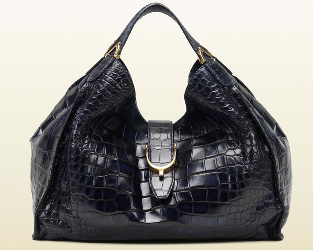 Gucci-Soft-Stirrup-Crocodile-Shoulder-Bag