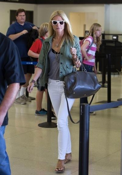 Gwyneth Paltrow with Classic Duffle Saint Laurent bag