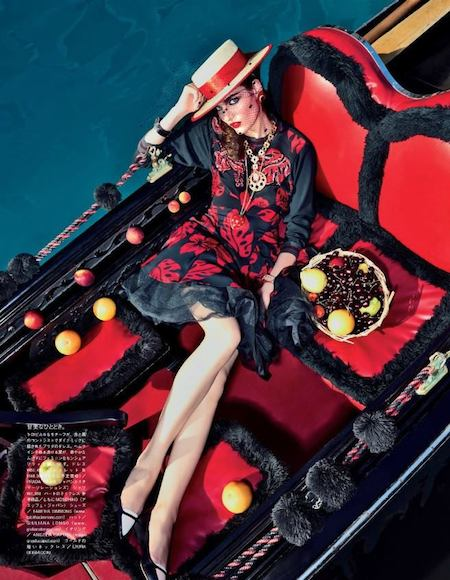 MY-FASCITATION-WITH-VENICE-VOGUE-JAPAN-FEBRUARY-2014-08