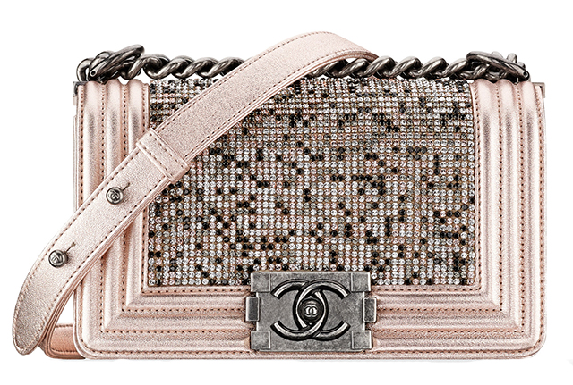 Chanel-Strass-Boy-Bag-Pink