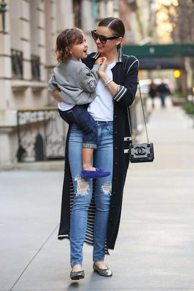 Miranda-Kerr-Chic-NYC-2014-Chanel-4