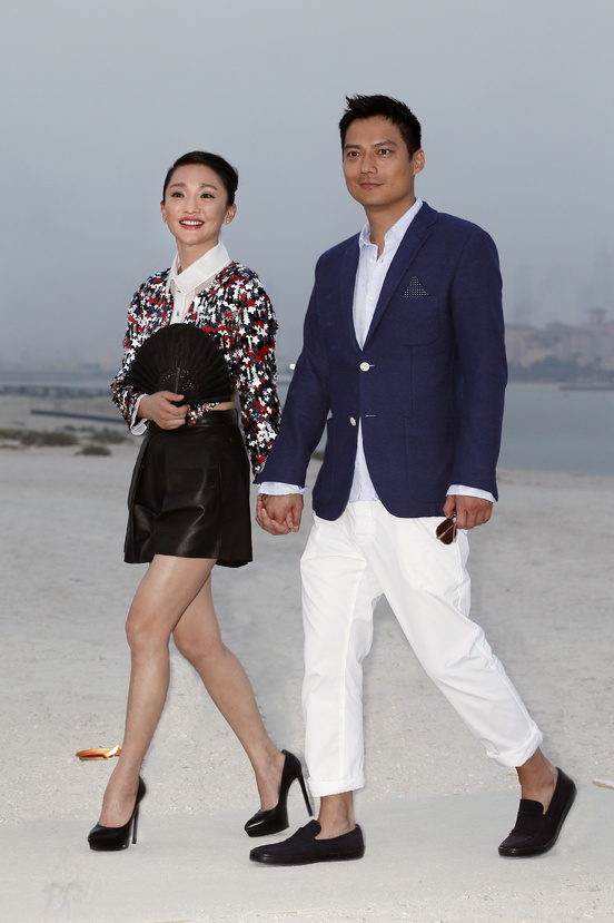 zhou_xun_and_archie_david_kao_89038475_north_552x