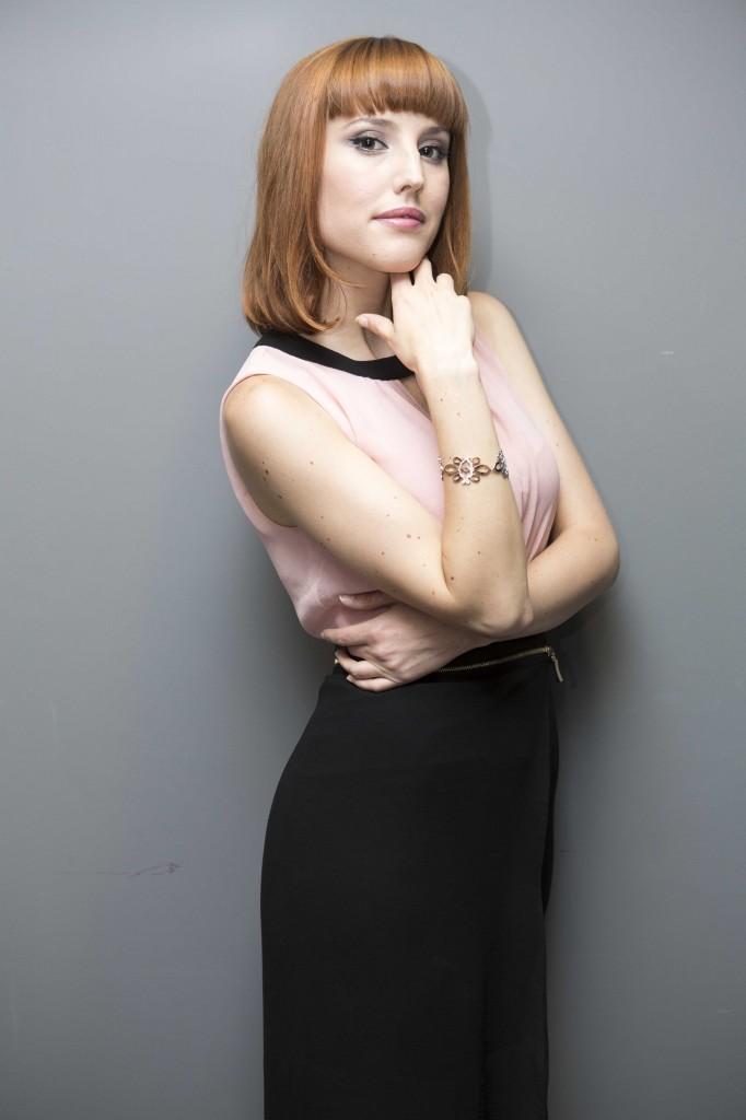 Natalia Molina con pulsera Arabesco