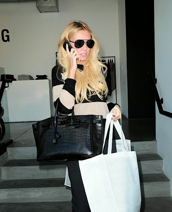 take-a-closer-look-at-petra-ecclestones-crocodile-birkin-004