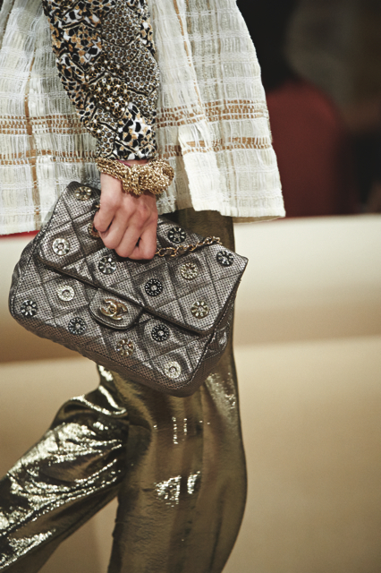 Chanel-Cruise-2015-Accessories-1-Bags-01