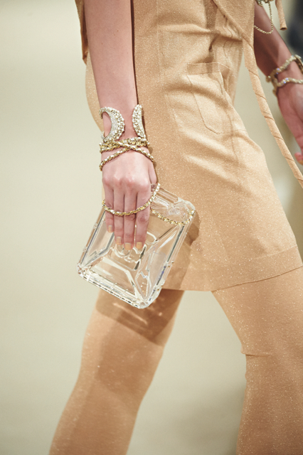 Chanel-Cruise-2015-Accessories-1-Bags-07