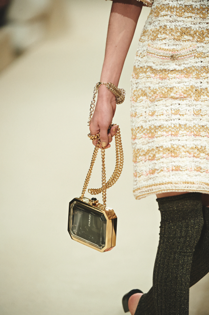 Chanel-Cruise-2015-Accessories-1-Bags-09