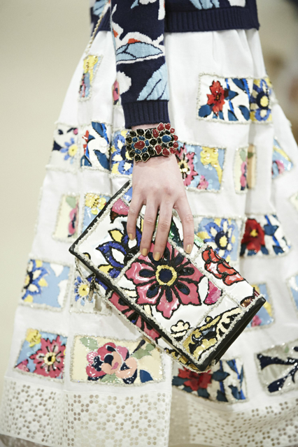 Chanel-Cruise-2015-Accessories-1-Bags-11