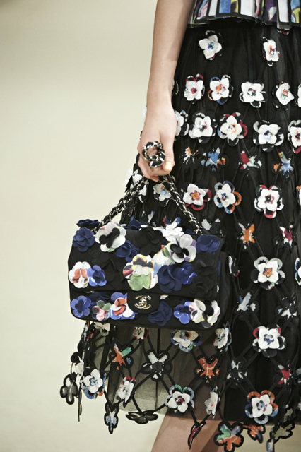 Chanel-Cruise-2015-Accessories-1-Bags-13