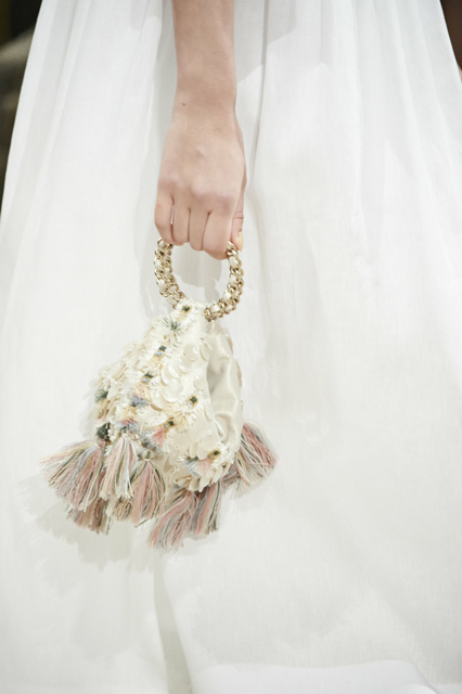 Chanel-Cruise-2015-Accessories-1-Bags-18