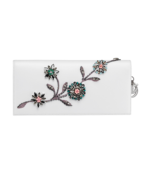 Dior-Fall-Winter-2014-Accessories-Collection-19-white-flower-motif-leather-wallet
