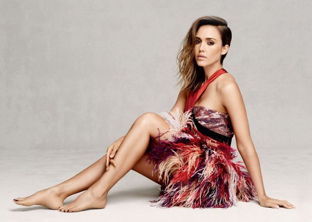 jessica-alba-by-david-roemer-for-marie-claire-uk-september-2014-3
