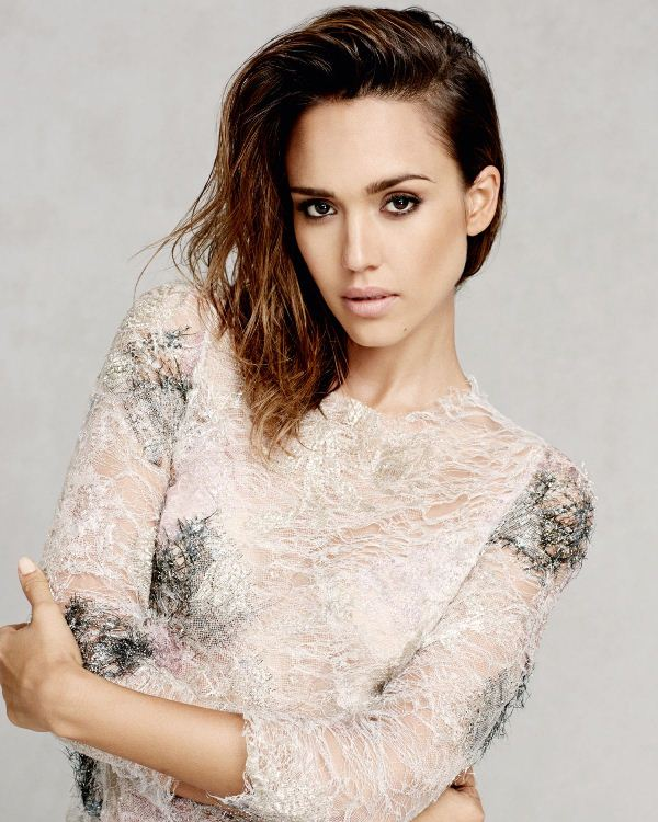 jessica-alba-by-david-roemer-for-marie-claire-uk-september-2014