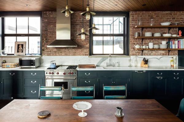 Kirsten-Dunst-Manhattan-Penthouse-533-CANAL-STREET-SOHO-New-York-01