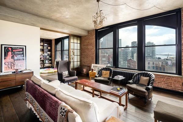 Kirsten-Dunst-Manhattan-Penthouse-533-CANAL-STREET-SOHO-New-York-06