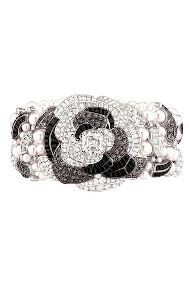 Chanel-ardin-de-Camélias-Haute-Joaillerie-Petrovka-Moscow-Chanel-Camellia-Ardin-Высокое-ювелирное-Москва-Петровка-28