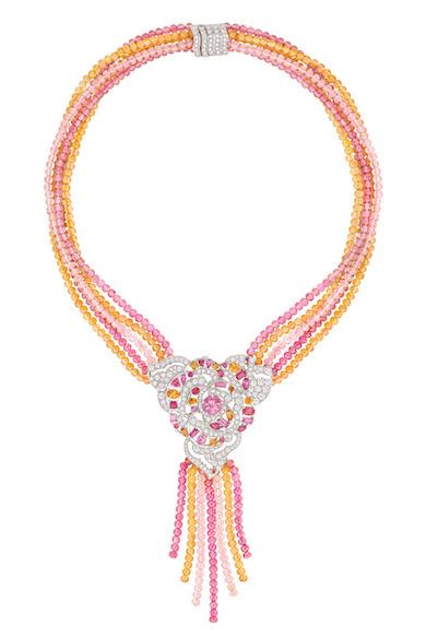 Chanel-ardin-de-Camélias-Haute-Joaillerie-Petrovka-Moscow-Chanel-Camellia-Ardin-Высокое-ювелирное-Москва-Петровка-32