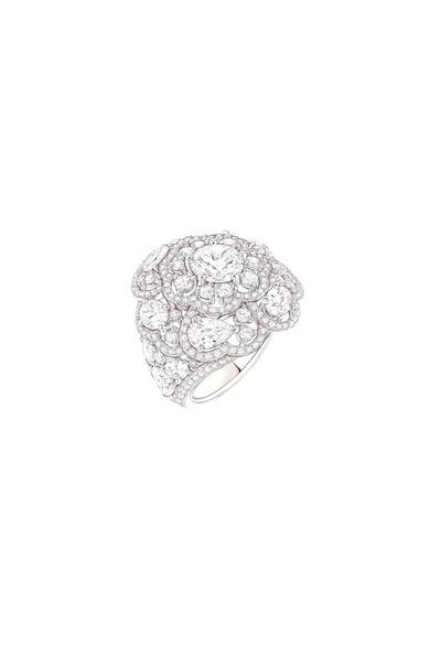 Chanel-ardin-de-Camélias-Haute-Joaillerie-Petrovka-Moscow-Chanel-Camellia-Ardin-Высокое-ювелирное-Москва-Петровка-7