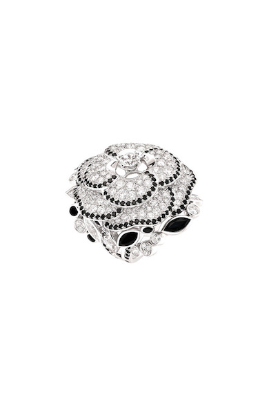 Chanel-ardin-de-Camélias-Haute-Joaillerie-Petrovka-Moscow-Chanel-Camellia-Ardin-Высокое-ювелирное-Москва-Петровка-9