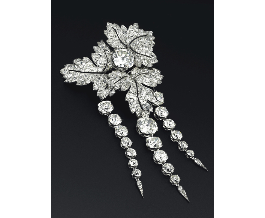 empress_eugenie_brooch_712554952_north_883x