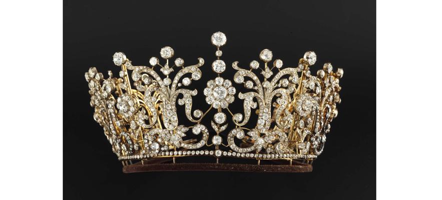 la_vente_des_bijoux_de_la_princesse_margaret_chez_christie_s__2006_596682278_north_883x.1