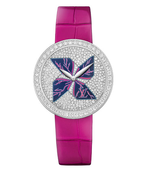 montre_rose_2534_north_545x