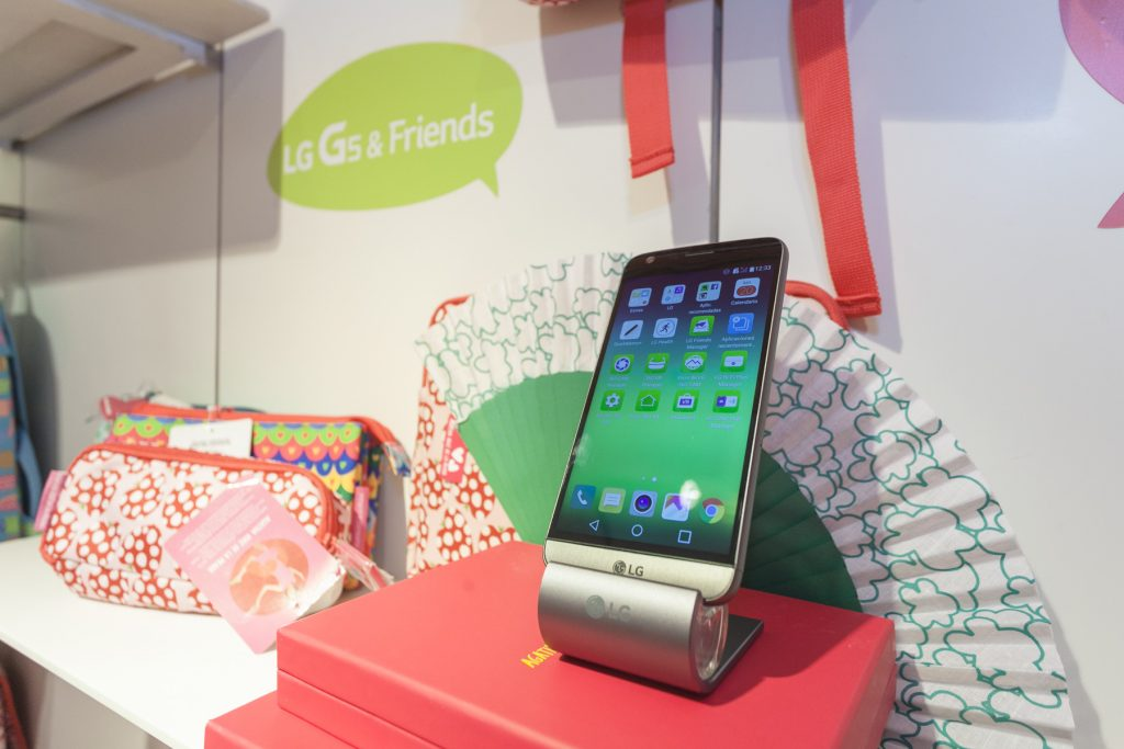 LG G5 & Friends Rosa con Agatha Ruiz de la Prada